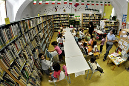 Biblioteca - sezione ragazzi