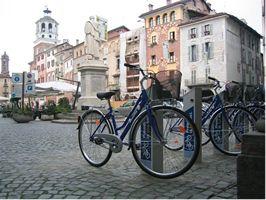 Stazione di cicloposteggio Bicincittà